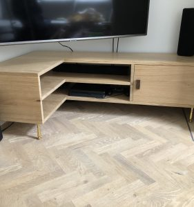 TV cupboard & desk F.v.T. – 7/2020